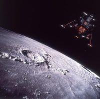 Moon-landing-