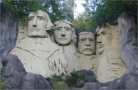 RushmoreLego